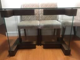 Base de mesa em madeira e vidro