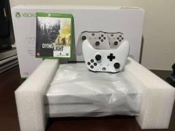 Xbox one S 1tb 4K C/caixa