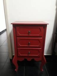 Criado mudo. MDF  pintura LAKA na cor vermelho.