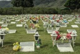 Jazigo em Cemitério com 3 gavetas
