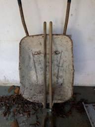 carrinho de mão + ferro de cova