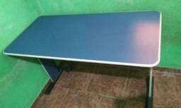 Conjunto de mesa + cadeira para escritório