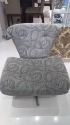 Vendo cadeira Giratória com base  alumínio