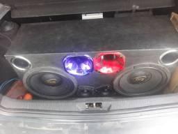 Vendo caixa de som com potencia