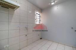 Apartamento com 2 dormitórios para alugar, 44 m² por R$ 990/mês - Rua Mario Zanlorenzi, 18