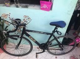 Bicicleta Caloi 10 relíquia. Aro 27.