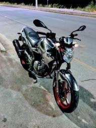 Yamaha Fazer 250 cilindradas ÚNICA NO BRASIL!!!