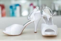 Título do anúncio: sapato de noiva branco n36 dona rosa