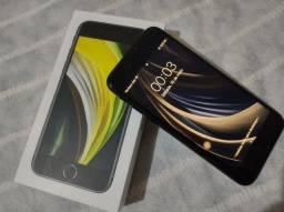 iPhone SE 2020 128 GB ( VENDO OU TROCO )