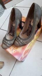 Sandalhas e saltos lote