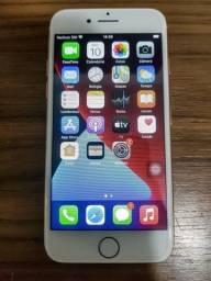 Confira! Iphone 8 64 gb Impecável