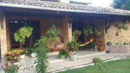 Casa Colonial na Massagueira!