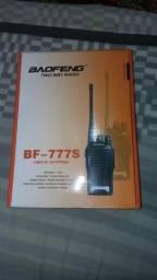 Rádio comunicador duplo BF-777s
