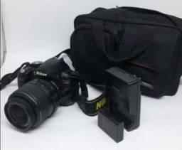 Vendo camara Nikon d 3100 cartão de memória