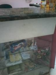 Vende-se Balcão p/ Caixa c/Pedra de Mármore Raissa