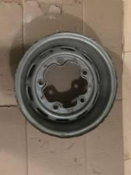 Vende-se roda para tala larga 5 furos