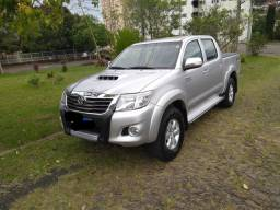 Toyota Hilux SRV automática 2013