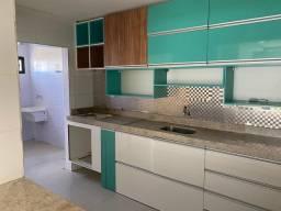 Alugo 3 quartos com armários jatiuca