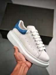 Tênis Alexander McQueen White Blue