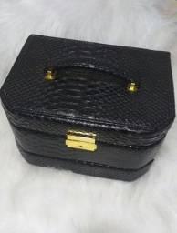 Vendo uma maleta de jóia nova nunca usada