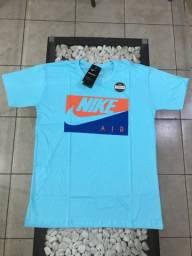 Camiseta Nike cor azul