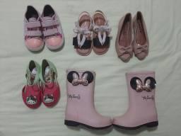 Sapatos 23 , 25, 27