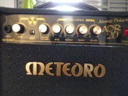 Amplificador guitarra meteoro 650 no dinheiro