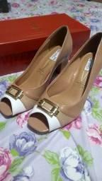 Calçado feminino novo tamanho 39