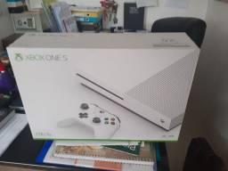 Xbox one apenas tirei da caixa .2300