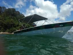 Lancha para Pesca ou Recreio, 1 + 5 passageiros, motor 15hp