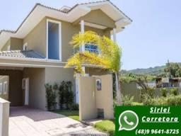 D CA0351- Maravilhosa casa à 900 m da praia, 3 suítes, no norte da ilha!