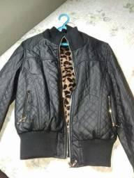 Jaqueta de couro super conservada tamanho G