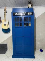 Estante/ Armário Doctor Who