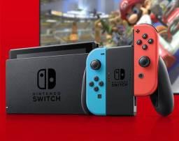 Nintendo Switch 32 GB Cinza Com Controle Azul/Vermelho + Batería Extendida