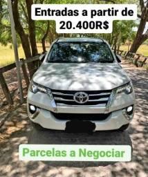 Toyota SW4 2.8 (Parcelamos)