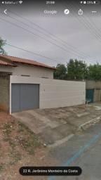 Vendo casa 2 Q Lote 300 m2 (não é geminada)