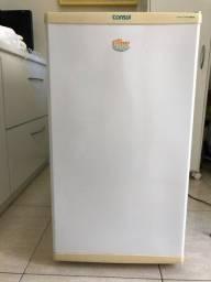 Mini Freezer Consul branco usado