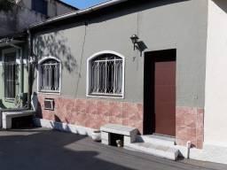 Casa 2qts quintal garagem - Colado estação - Financiamos