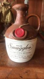 Whisky old smuggler scotch