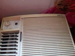 Ar condicionado 8500 usado Elgin em promoção