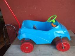 Carro de passeio para crianças - Ótimo estado
