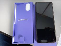 Celular Motorola One Action