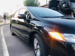 Carro Honda new civic 1.8 LXL bem conservado $37.990,00 aceitamos financiamento bancário
