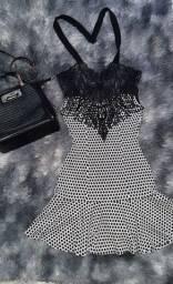 Roupa/ vestido simples