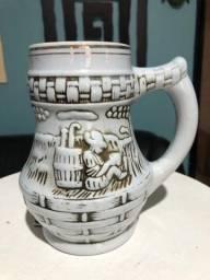 Caneca de chopp de porcelana