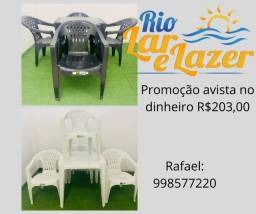 Mesa e 4 cadeiras plastico com braço