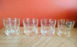 4 Copos de whisky