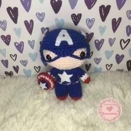 Boneco Capitão América em crochê