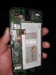 Téla e placa do Motorola