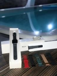 Apple Watch 42mm Series 3  NIKE.